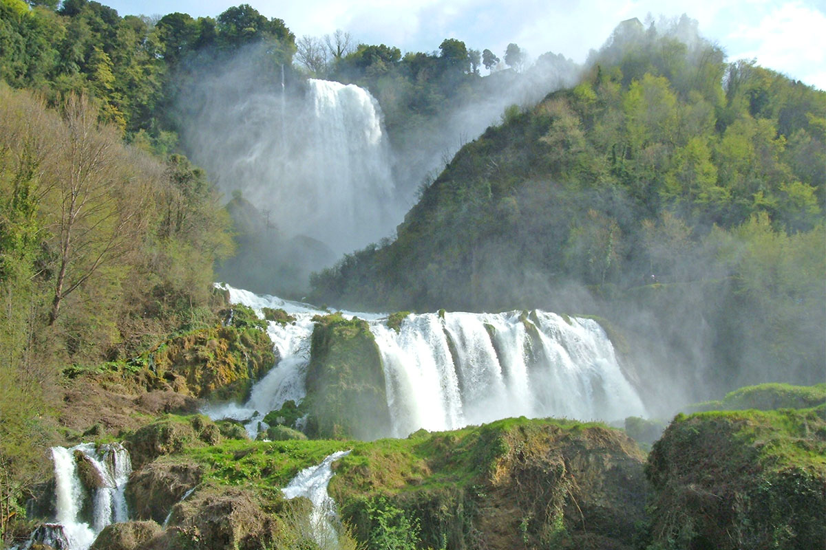 Marmore Waterfalls – Umbrian Vacations