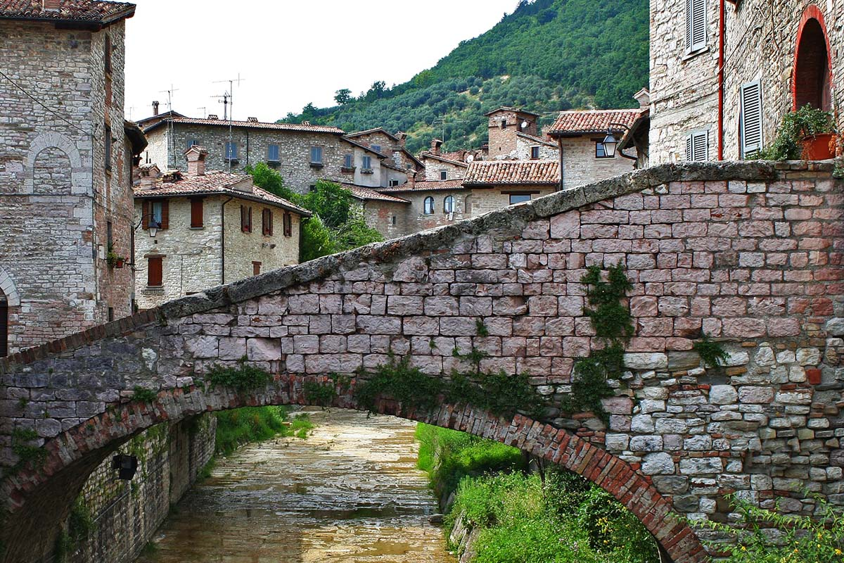 Gubbio – Umbrian Vacations