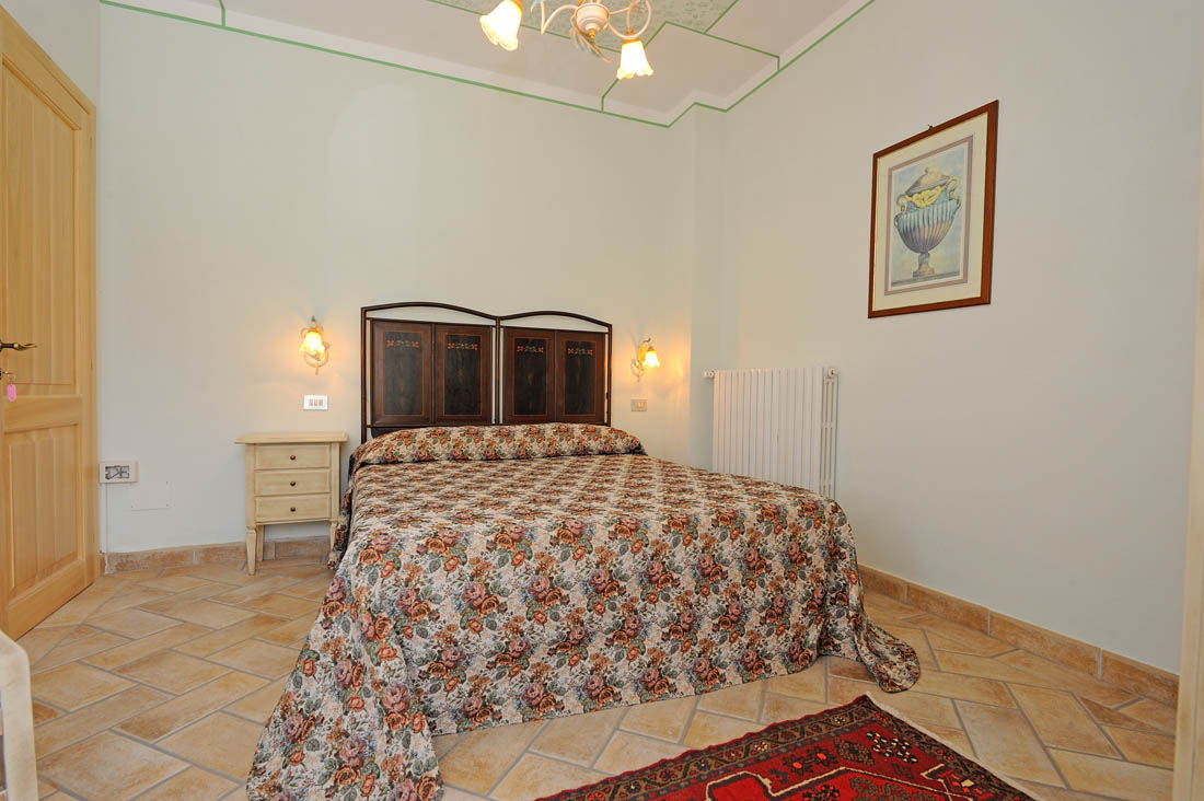 appartamento-2-camere-doppie-agriturismo-valtopina-foligno-umbria (2)