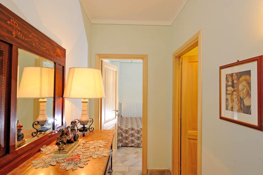 appartamento-2-camere-doppie-agriturismo-valtopina-foligno-umbria (4)