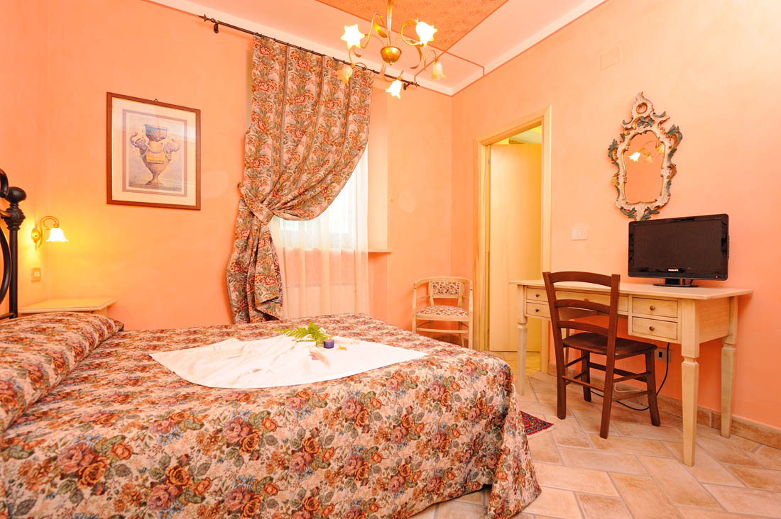 Camera doppia in agriturismo assisi zia maria for Camera da letto principale al piano di sotto
