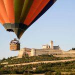 Visitare l'Umbria in Mongolfiera: Volo in mongolfiera sopra ad Assisi e Foligno