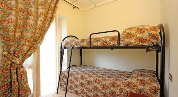 appartamento-2-camere-doppie-agriturismo-valtopina-foligno-umbria (3)